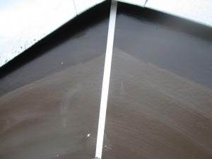 破風板のコーキング補修後