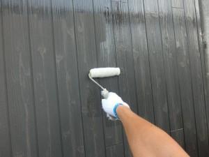木目調の外壁にクリア塗装